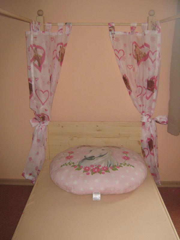 jugendbett himmelbett. Black Bedroom Furniture Sets. Home Design Ideas